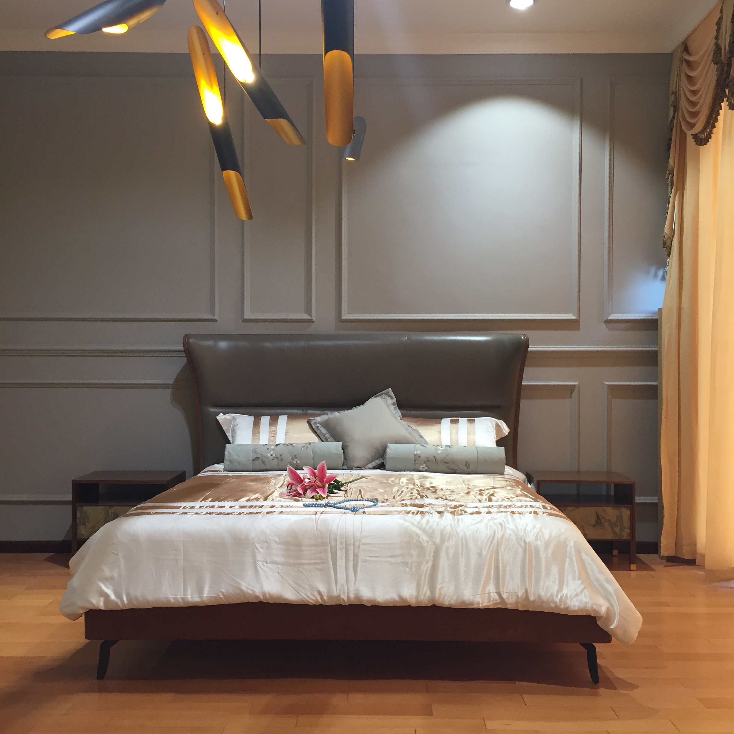 High quality wholesale custom cheap furniture bedroom comfortable wooden double bed