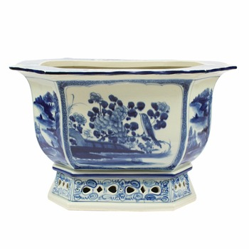 Wholesale Jingdezhen Chinese Vintage Style Blue and White Porcelain Planter