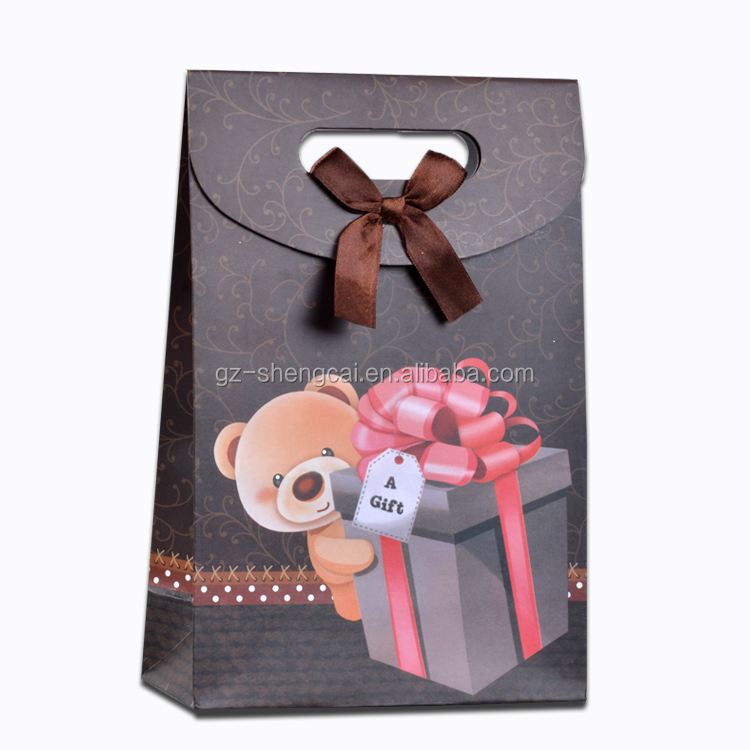 Self Closure Small Printing Paper Material Happy Birthday Gift Bags Wholesale