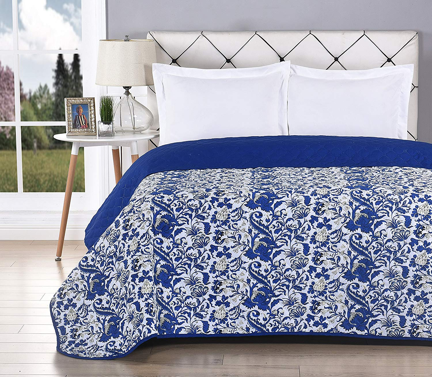 Color E Bedding Softie Reversible Quilt and Pillow Sham, Ultra Soft Washable with Luxury Pinsonic Quilting for all seasons (2 Piece Twin Quilt Set, Royal Blue)