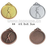 Factory wholesale customized gym medals in Display Cases