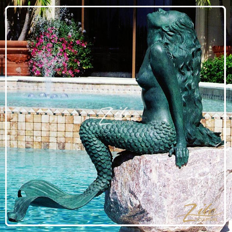 Hot sale outdoor life size bronze mermaid statue fountain for Outdoor pool sculptures
