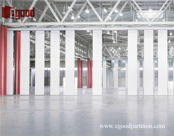 Room ider wooden movable partition operable wall doors for Jeddah JIECC exhibition