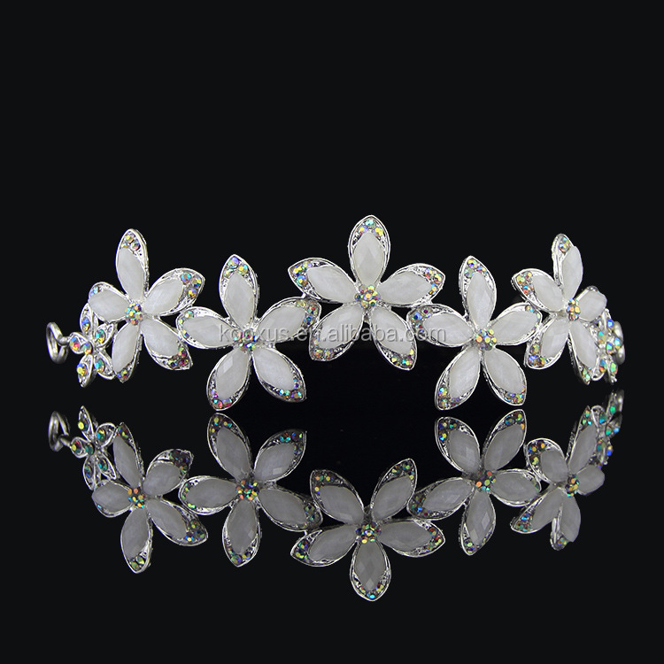 Simple tree leaf tiara