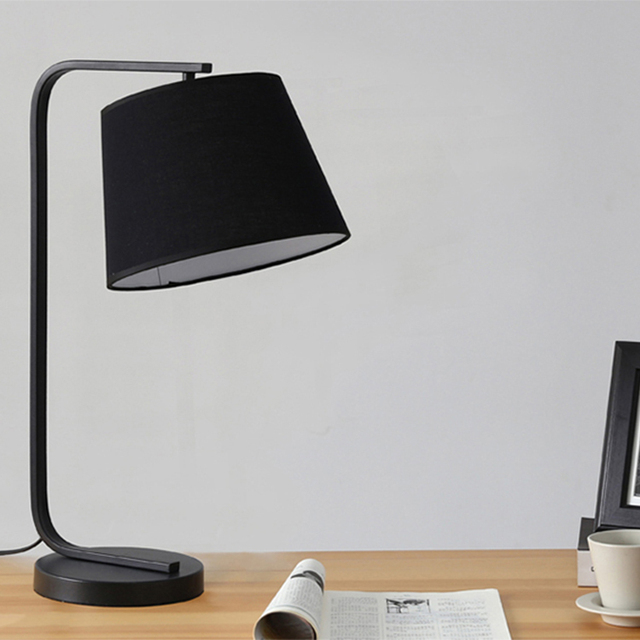 ODM Factory First   Class Quality Standard Black Fabric Table Lamp Fixture