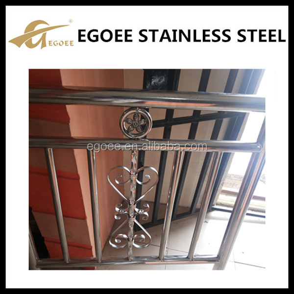 Steel tubular grill design gate buy steel tubular grill for Tubular window design