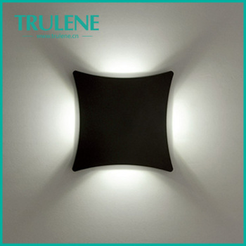 4 1w Led Four Way Glow Outdoor Wall Lighting