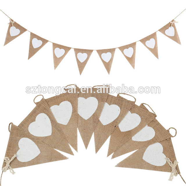 13pcs/lot White Heart Print Hessian Burlap Flag Banner Wedding Birthday Party Decoration Bunting