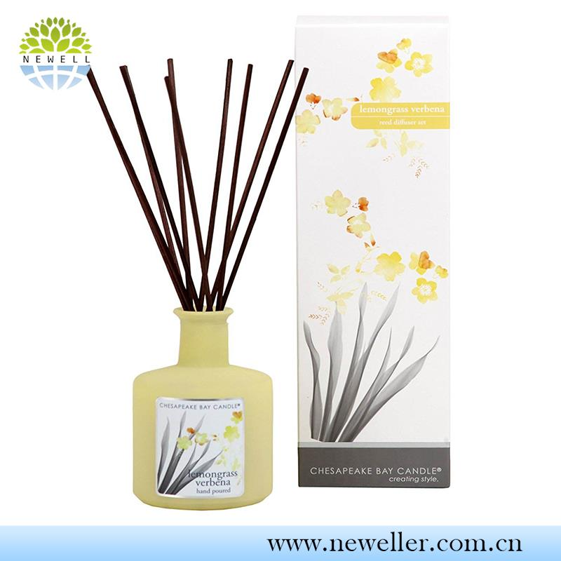 Lavender Fragrance artificial decorative rattan reeds diffuser with glass bottles
