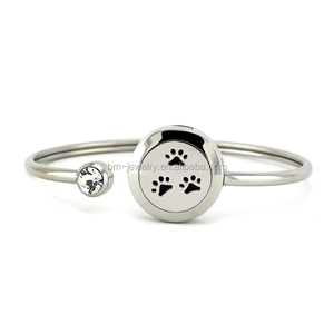Wholesale Dog paw design 25mm silver magnetic stainless steel aromatherapy essential oil diffuser bracelet