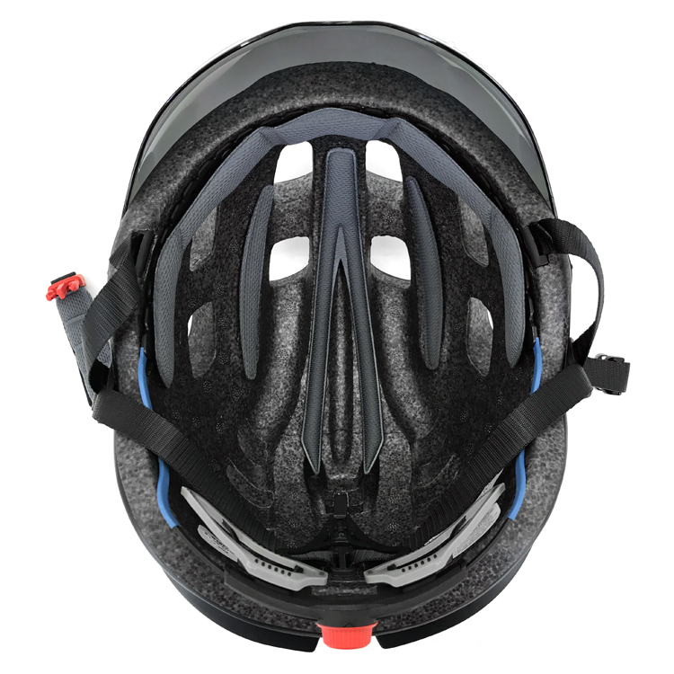 Road-Cycling-Helmet-with-Visor