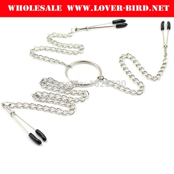 Metal Clips Nipple Clamps Chained Shaking Labia Stimulate and Massage Female Breast Sex Toys For Women