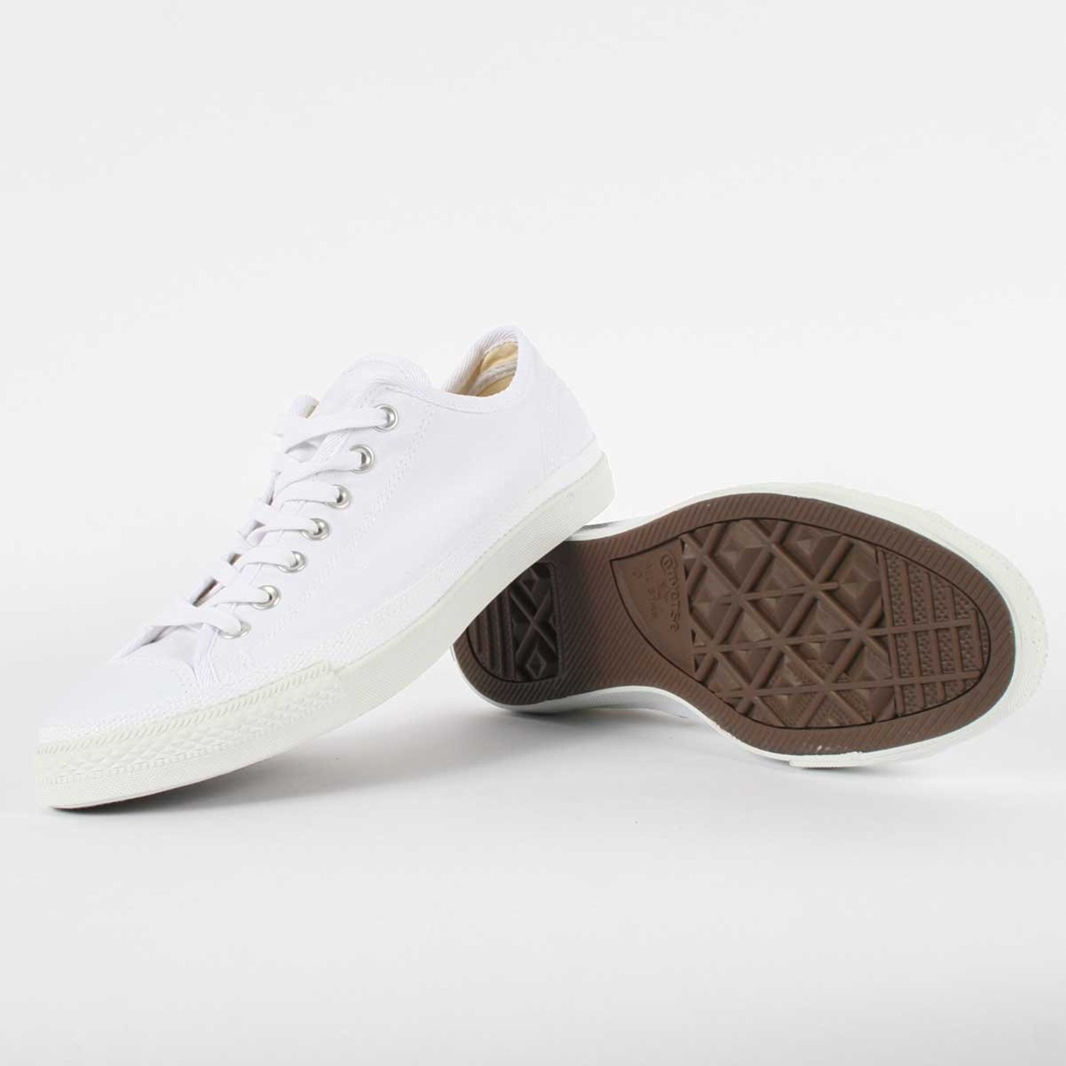 995a0e3c8b94 Get Quotations · Converse Chuck Taylor All Star Low - White