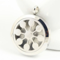 Beautiful Hollow Flower Shape lockets stainless steel Essential Oil Aromatherapy Diffuser Perfume