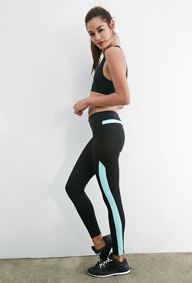 Hot yoga clothes for women