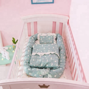 Hot selling bedding set three pieces cotton portable baby crib