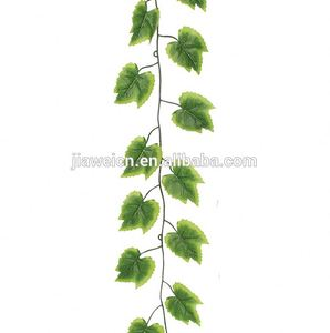 High Quality Beautiful Plastic indoor decoration artificial green grape vine