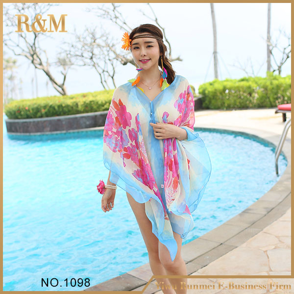 best-selling italian yarn fabric printed classic pattern beach sarong pareo