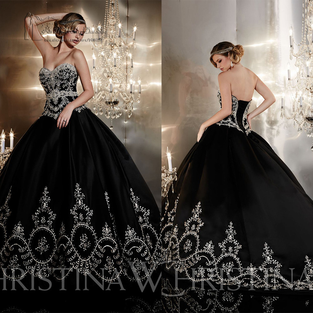 Gothic Black Lace Wedding Dress Long Ball Gown Bridal Gown