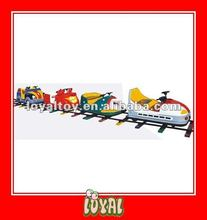 China Produced high quality high quality kids wooden train table with good Price & good Quality