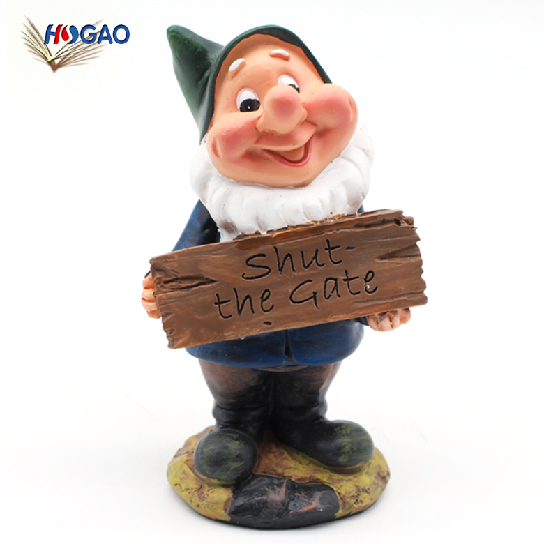 Cute OEM cheap wholesale artificial garden statuary design gift idea resin figurine custom gnomes for home lawn garden