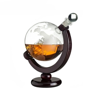 28oz Etched Clear Decorative Unique Fancy Glass Whiskey Globe Decanter With Antique Ship On Oak Wood Base