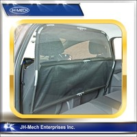 Deluxe car pet barrier to Keep dogs and pet out of front seat