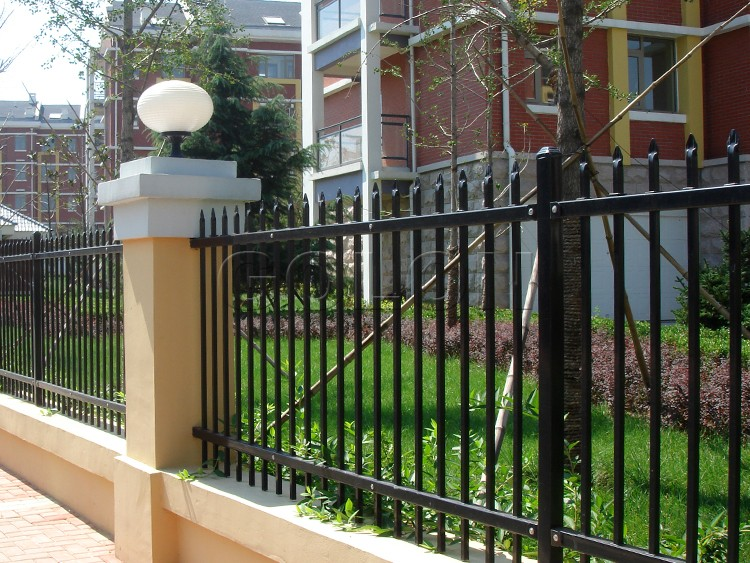 Factory Black Power Coated Iron Fence Panels/ Wrought Iron