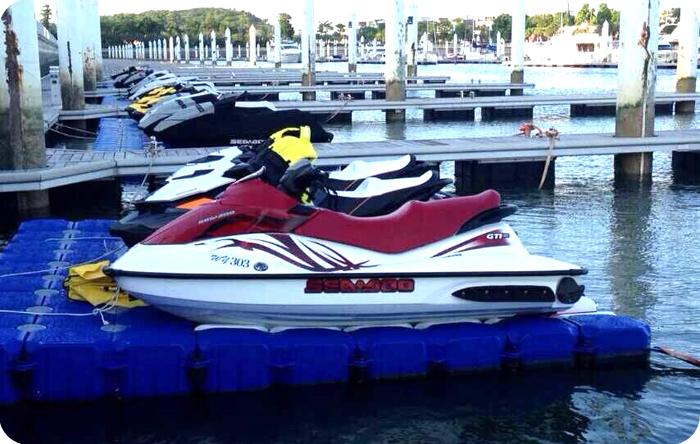 Skid Resistant Surface Modular Boat Jet Ski Floating Dock