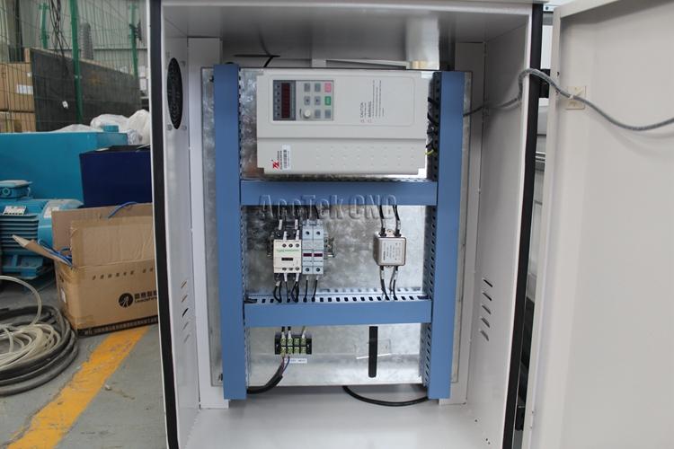 cnc router12.jpg