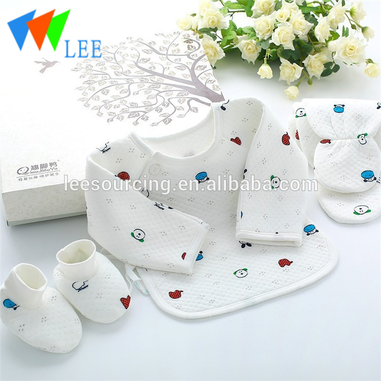 100% Cotton Winter 3 Layers Thick Classical Newborn Baby Gift Set