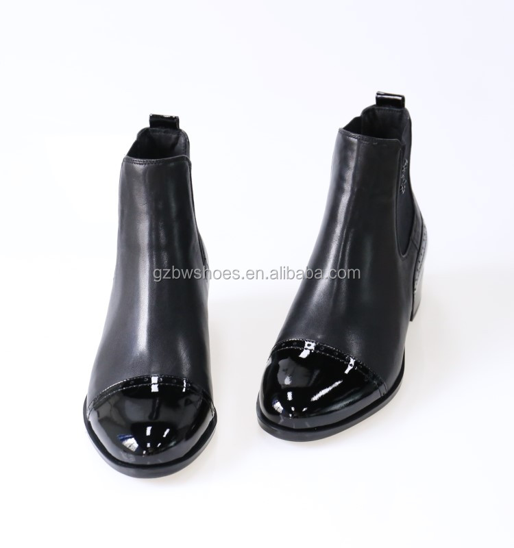 China women casual shoes factory fashion ladies ankle boots with genuine leather material