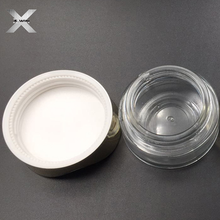 Design transparent glass bottle golden cap perfect quality makeup water and lotion spray