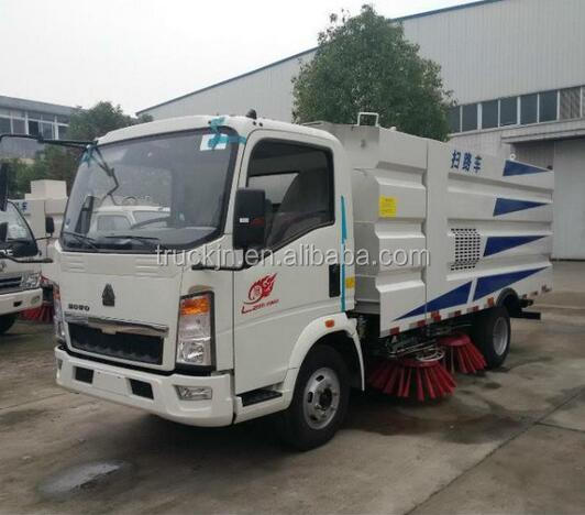 SINOTRUK HOWO légers 4*2 route balayeuse camion