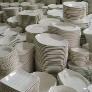 Best seller strong porcelain dinner plate, white plate stock for hotel