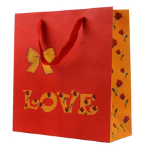 Wholesale fashion popular cheapest valentine paper bag gift