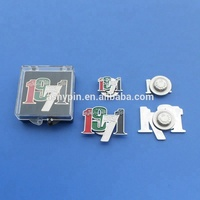 Hand Shaped UAE Country Flag National Day 1971 Metal Magnet Badge With Plastic Box