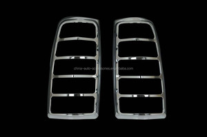 03-06 Chevrolet Silverado 1500 / 03-06 Chevrolet Silverado 2500HD / 03-06 Chevrolet Silverado 3500HD Chrome ABS Tail Light Bezel