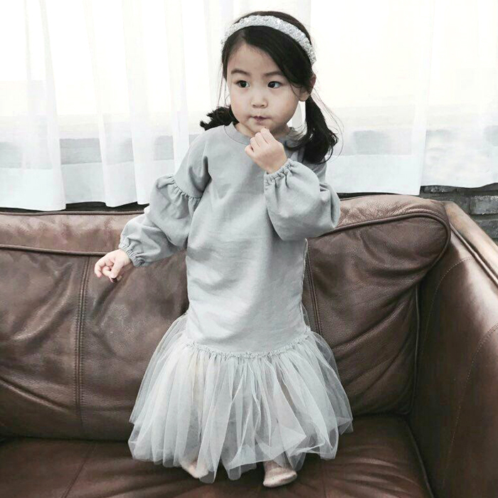 OEM Fancy Children Old Fashioned Wedding Angel Wing Dress
