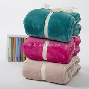 wholesale 100%polyester printed varieties flannel fleece blanket for bed