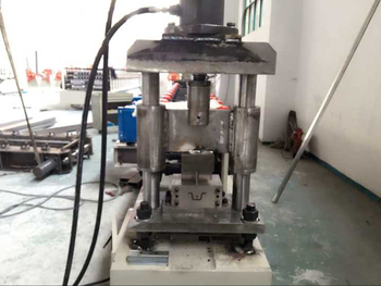 China Low Cost Top Hat Purlin Making Machine - Buy Purlin Making  Machine,Hat Purlin Making Machine,Low Cost Top Hat Purlin Making Machine  Product on