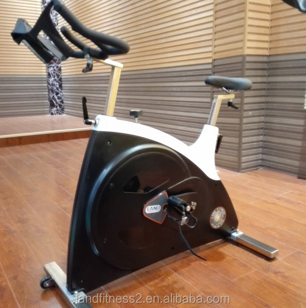 2017 New arrival Spin bikes with belt sale promotion Super Noiseless spin bikes for gym use