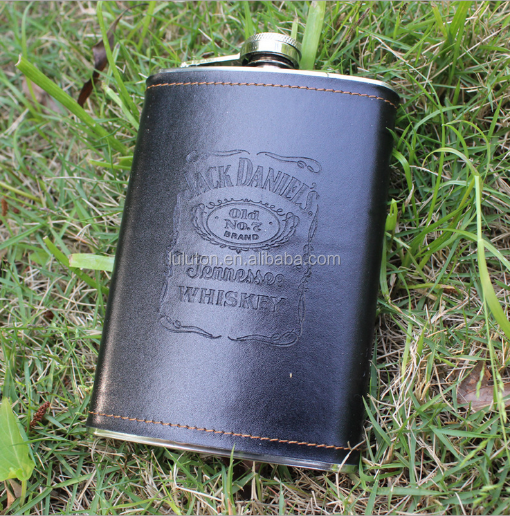2015 different capacity Best Promotional 500ml Hip Flask with leather bpa free food grade