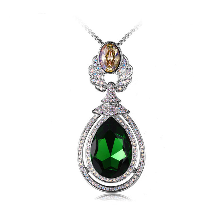 Special design jewellery deep green color crystal necklace made with crystals from Swarovski