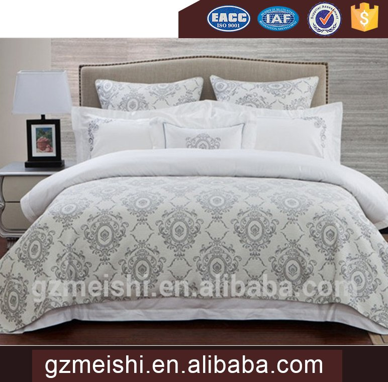 New Product Luxury Jacquard Embroidery Bedding Set and Comforter Set China Textile