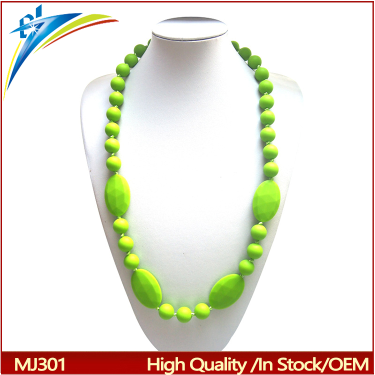 New style design silicone teether toy necklace baby teething necklaces Free Silicone Baby Teething Necklace Wholesale