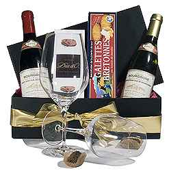A Romantic Wine And Chocolate Gift Box Buy Chocolate Gift Box Product On Alibaba Com