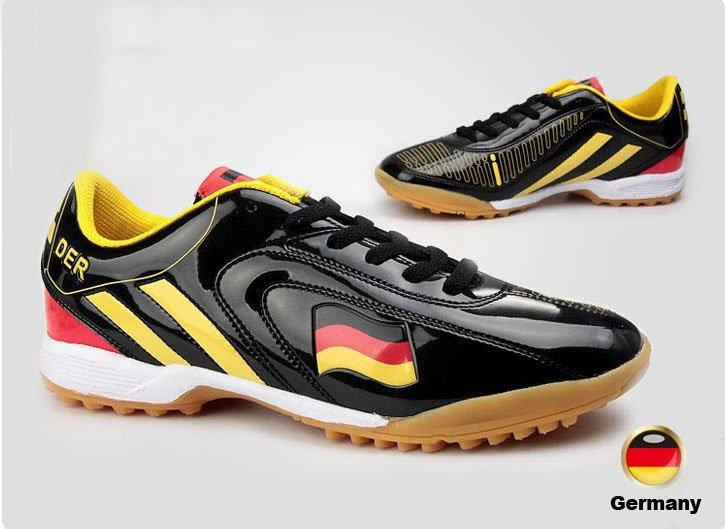 Traditional German Ladies Shoes