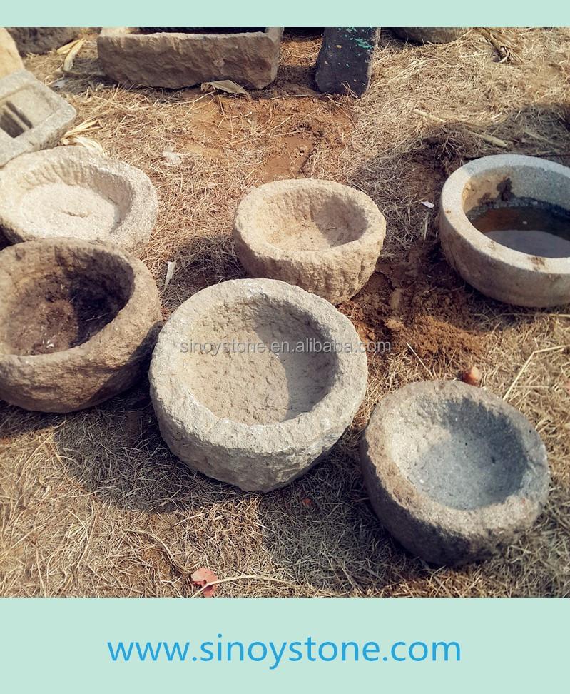 Forma rotonda da giardino antichi vasca in pietra vecchia vaso di ...