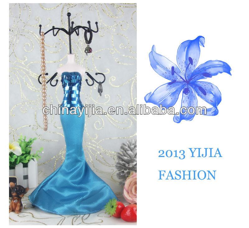 Fashion Design Mannequin Exposant Sieraden Mooie Ketting display